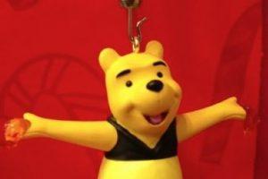 Es Navidad y Winnie Pooh tiene algo que confesarles. Foto:Etsy. Imagen Por: