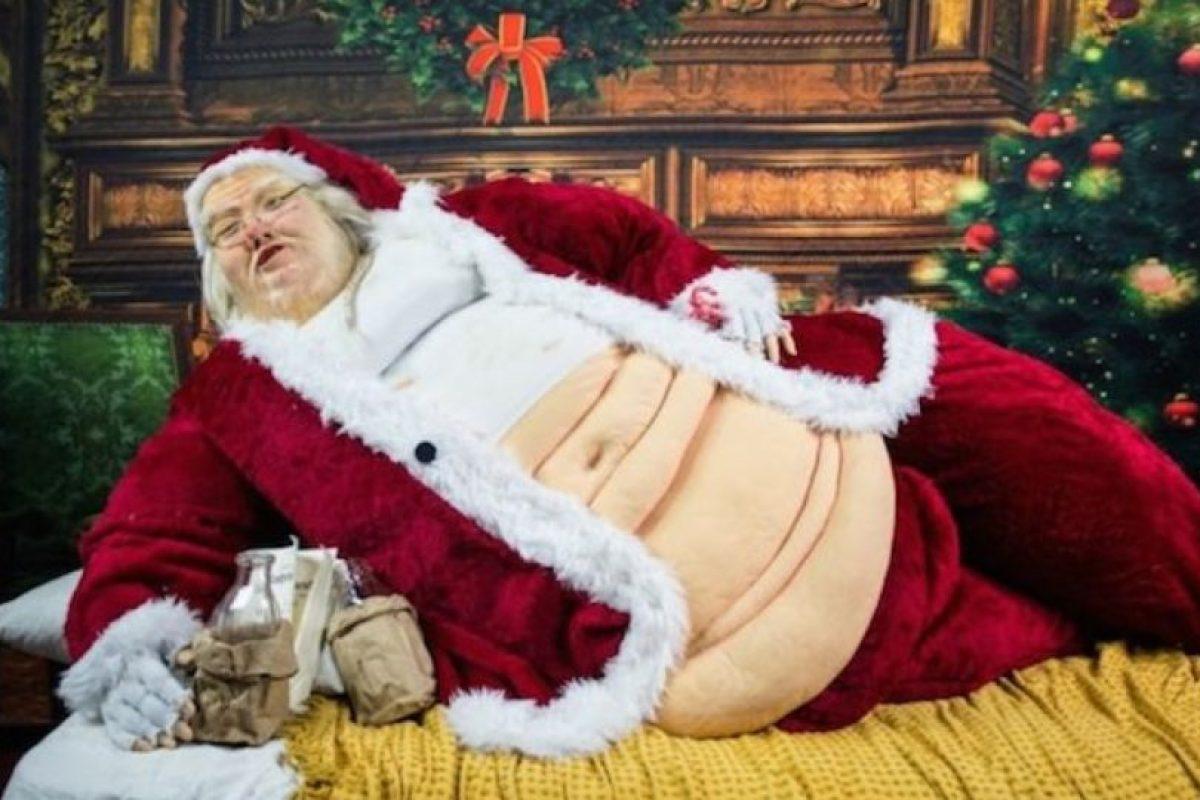 Las curvas son hermosas. Santa también. Foto:Reddit. Imagen Por: