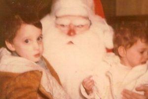 Santa enojadísimo Foto:wkward Family Photos. Imagen Por: