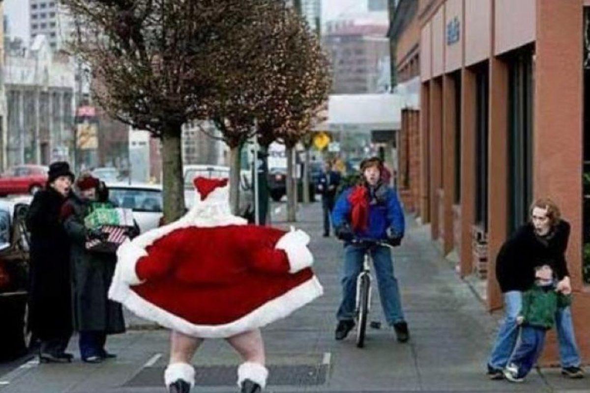 ¡Santa no debría hacer eso! Foto:Know Your Meme. Imagen Por: