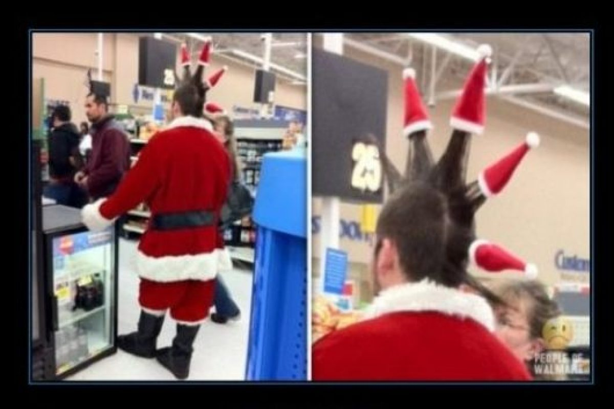 ¿Punk navideño y en el supermercado? Foto:Tumblr.com/Tagged-Navidad-memes. Imagen Por: