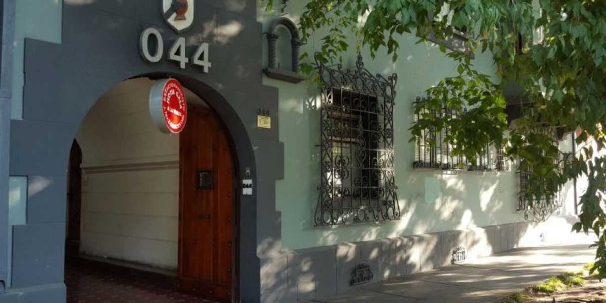 Providencia: delincuentes realizan violento asalto a motel de calle Marín