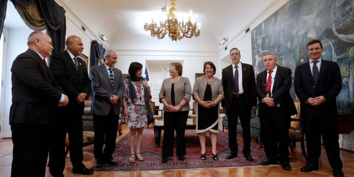 Presidenta Bachelet postergó envío del proyecto que reforma la Educación Superior