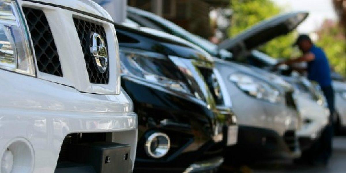 A contar del 2016 sube el impuesto verde para vehículos más contaminantes