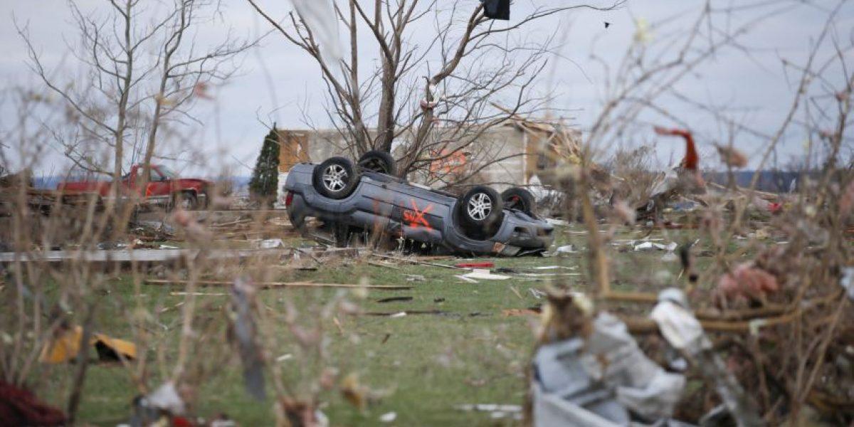 Más de 40 muertos en EEUU tras el paso de tornados y las tormentas