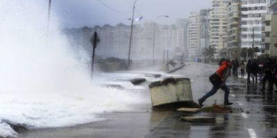 Armada alerta fuertes marejadas para la noche de año nuevo en Valparaíso