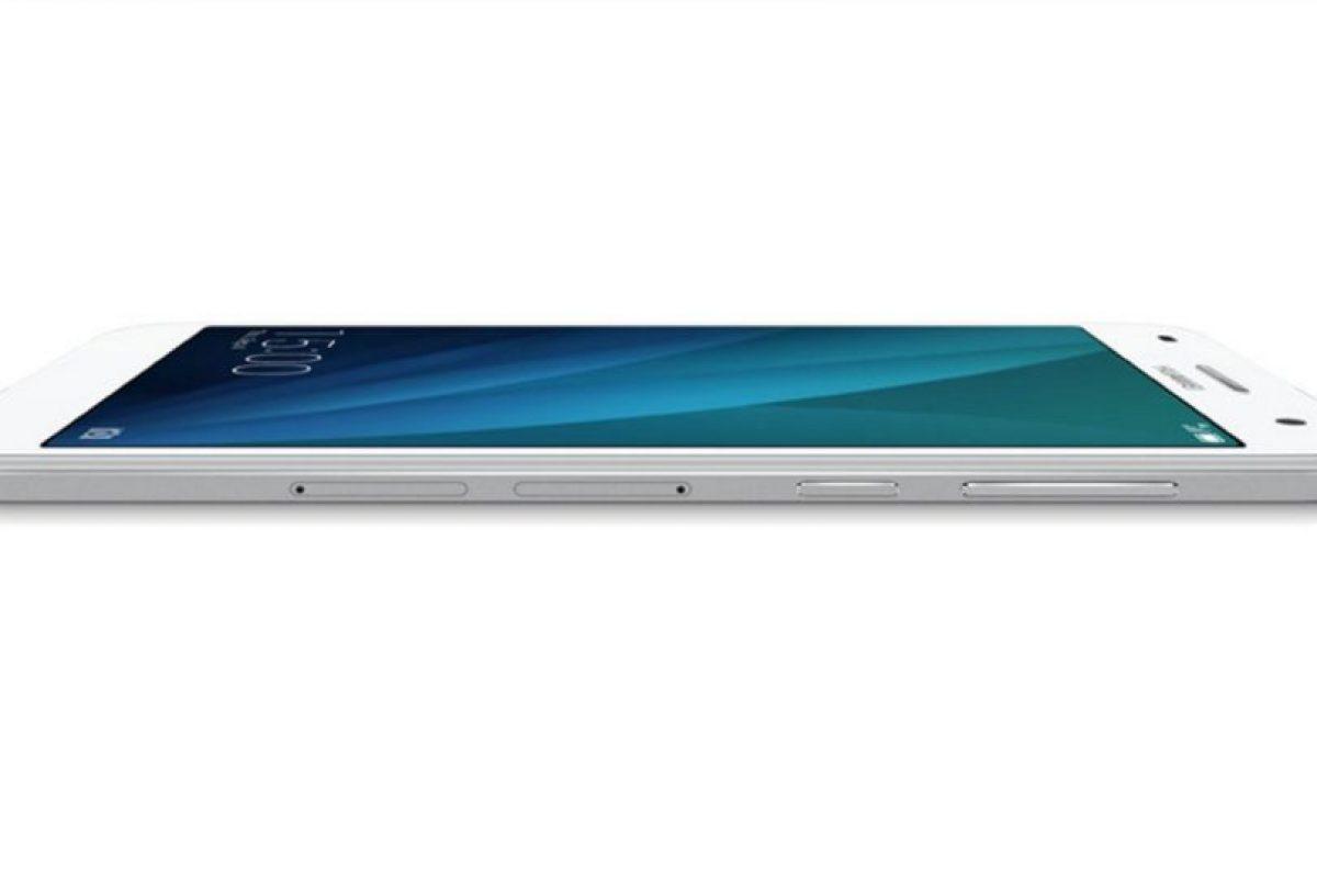 La pantalla es de 5.5 pulgadas, cámara frontal de 5 megapíxeles, posterior de 13 megapíxeles, soporte para redes 4G/LTE y batería de 3.000 mAh. Foto:Huawei. Imagen Por: