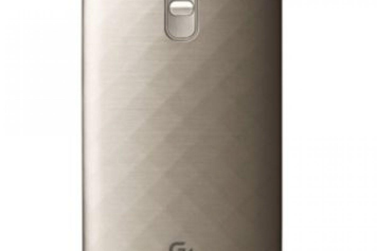 Pantalla de 5.5 pulgadas, cámara posterior de 16 megapíxeles, frontal de 8 megapíxeles, Android 5.1 Lollipop, 3GB en RAM, 32GB de memoria interna y batería de 3.000 mAh. Foto:LG. Imagen Por: