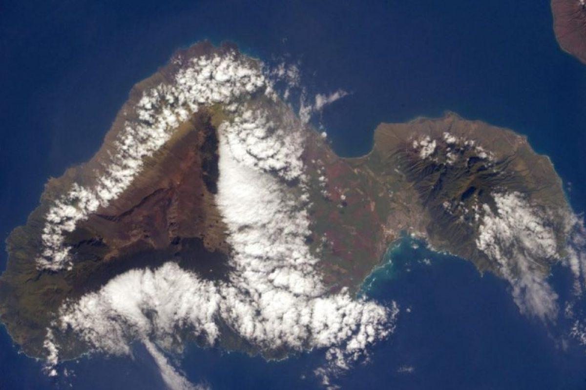Anton Shkaplerov fotografió la isla Maui ubicada en el Océano Pacífico. Foto:Vía Twitter @AntonAstrey. Imagen Por: