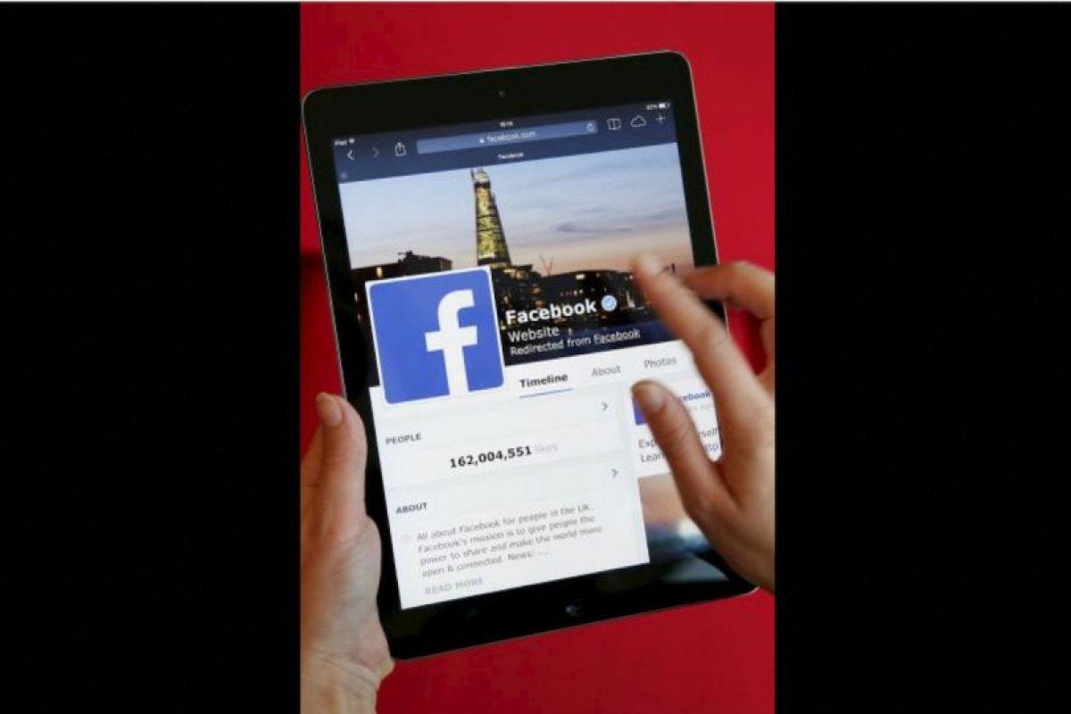 Recientemente, se publicó que Mark Zuckerberg, fundador de Facebook, regalaría dinero a los que compartieran un mensaje en su muro. Foto:Getty Images. Imagen Por:
