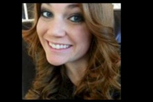 Virginia Houston Hinckley se entregó a las autoridades por tener relaciones con un alumno de 16 años. Foto:Facebook.com – Archivo. Imagen Por: