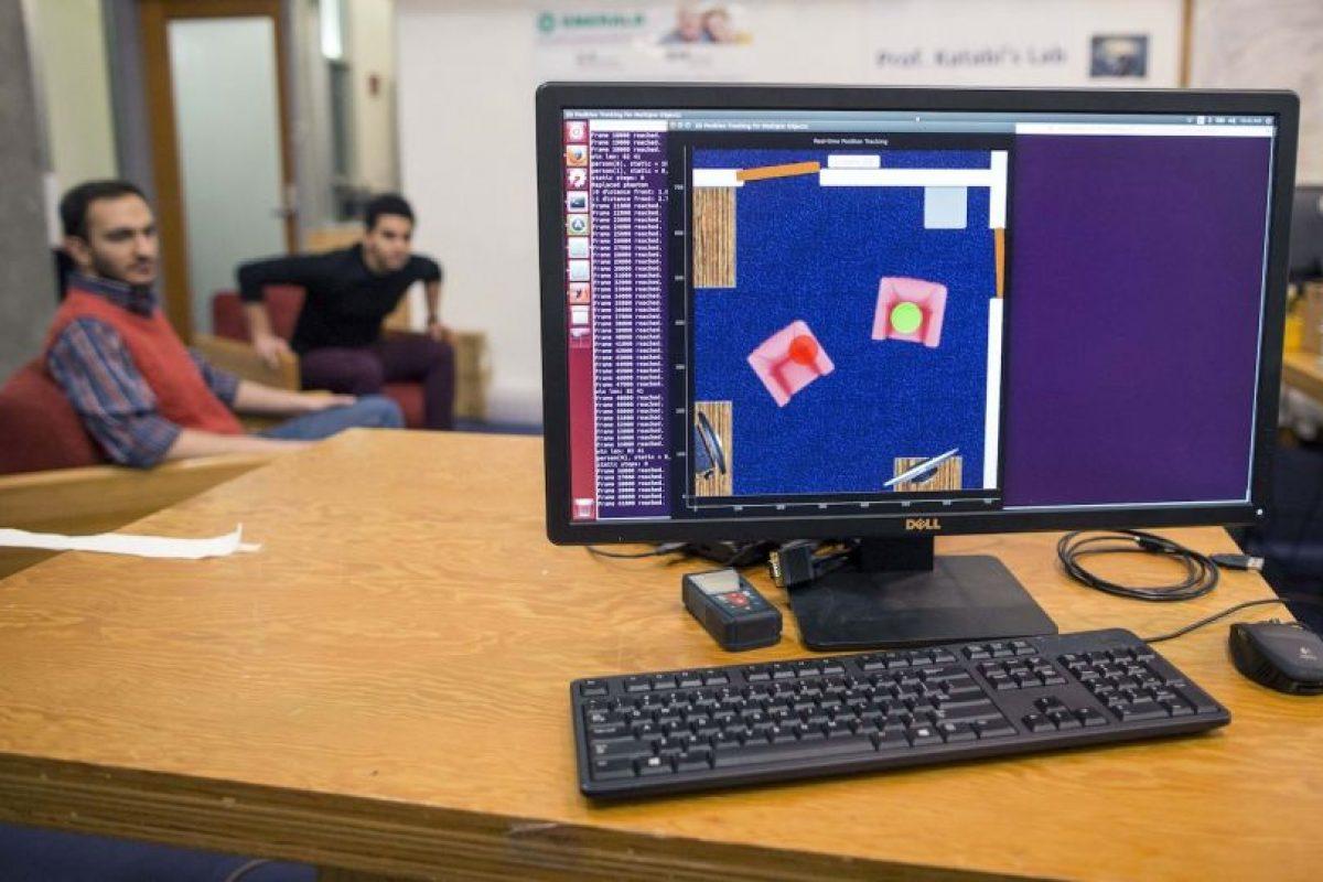 El software detecta cuando las personas se mueven o caminan. Foto:AP. Imagen Por: