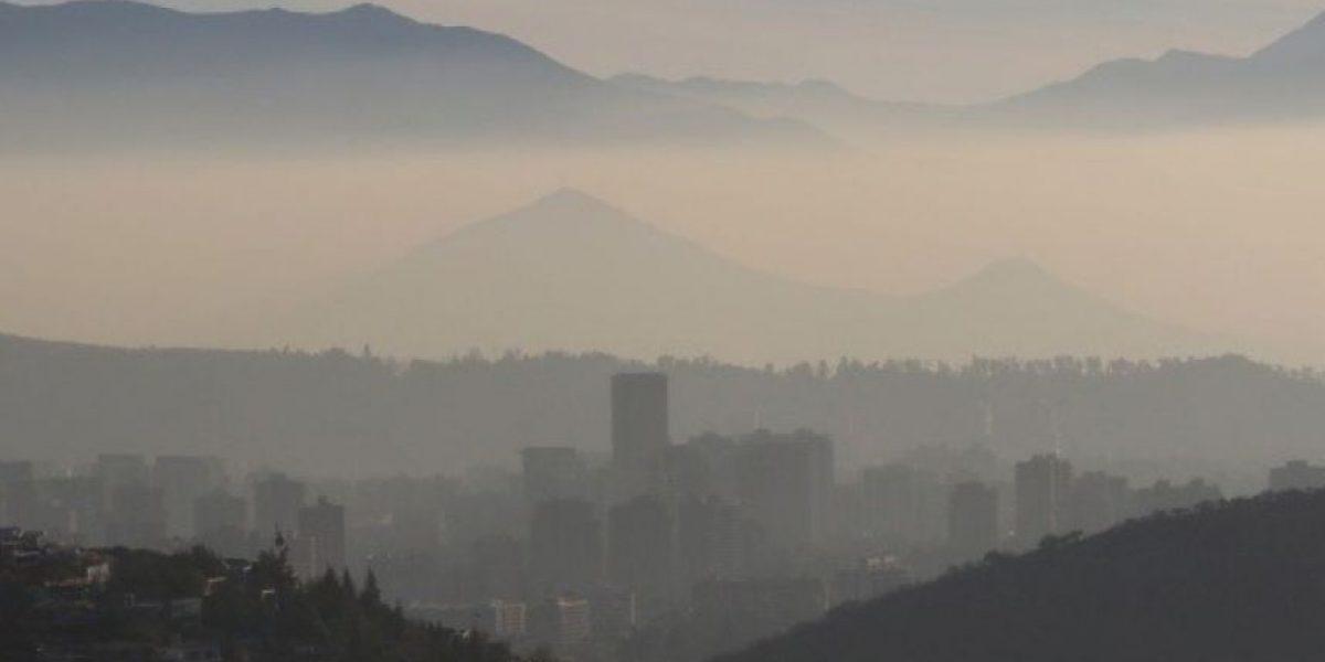 Anuncian restricción permanente para vehículos con sello verde en Santiago