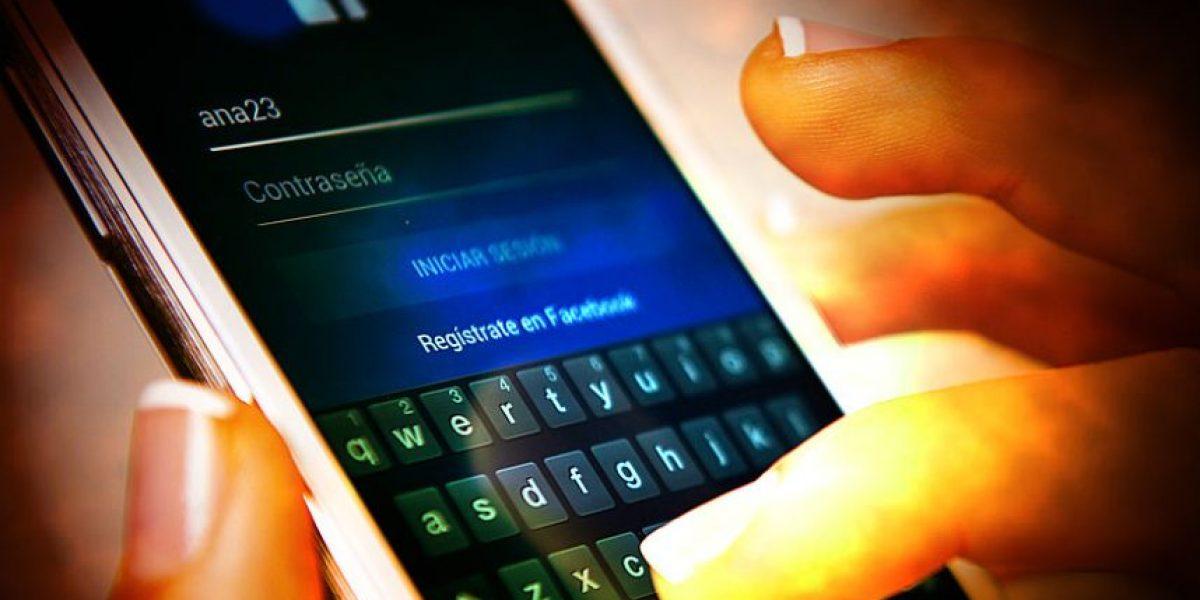 Chilenos se conectaron a aplicaciones móviles por casi 4 horas diarias en 2015