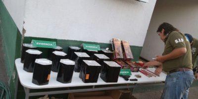 Sujeto es detenido por vender fuegos artificiales en el persa Bío Bío