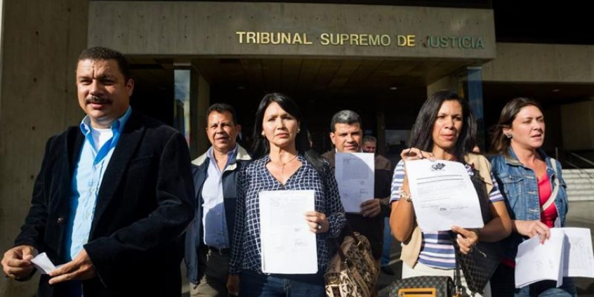 Tribunal Supremo venezolano quita tres escaños a oposición