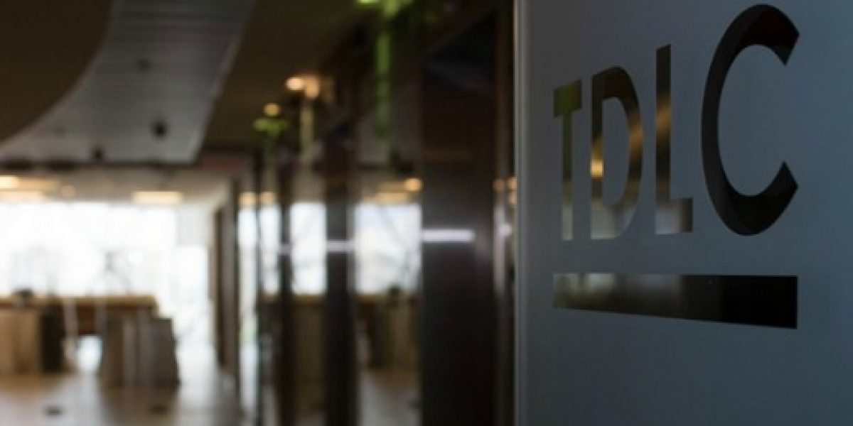 Nueva colusión: Tdlc aplica millonaria multa a empresas proveedoras de asfalto