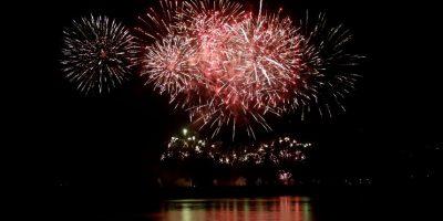 ¡Fiesta total! Así se recibió la llegada del año 2016 a lo largo de Chile