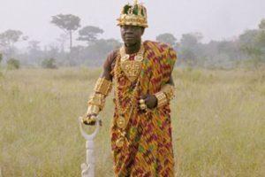 """Su puesto es conocido como Ngoryifia, que podría traducirse como """"Jefe de Desarrollo"""" Foto:Twitter. Imagen Por:"""
