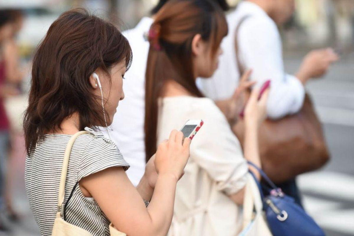 Los delincuentes le robaron el dinero que tenía, pero el celular lo rechazaron. Foto:Getty Images. Imagen Por: