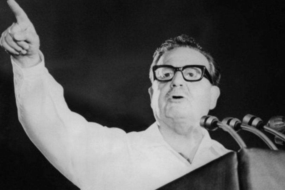 Salvador Allende Foto:AFP. Imagen Por: