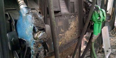 Villa Francia: así quedó la bencinera que fue quemada con bombas molotov