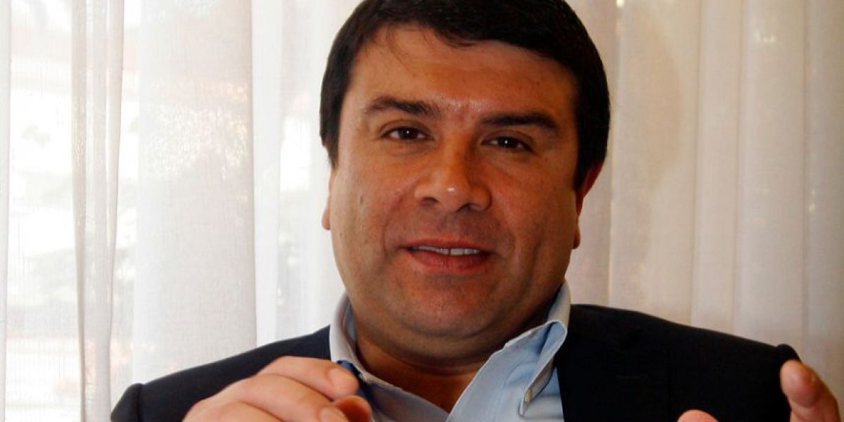 """Diputado Campos y su préstamo: """"No hay que ver ningún privilegio en esto"""""""