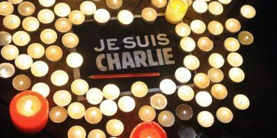 Francia conmemora atentados de enero de 2015 a Charlie Hebdo