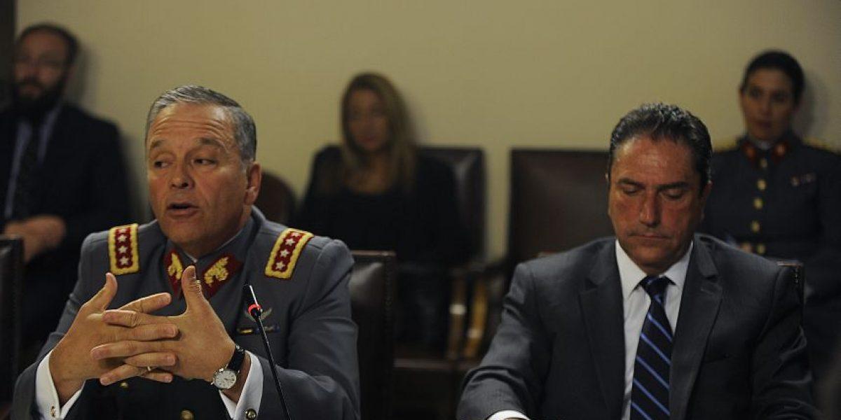 General Oviedo culpa a