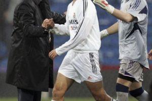 Fue quien terminó la tormentosa temporada 2004-2005 del Real Madrid y firmó hasta junio de 2006… pero tampoco llegó. Fue despedido justo un año después de su llegada a la entidad merengue, en diciembre de 2005. Eso sí, recibió un finiquito de un millón 756 mil euros. Foto:Getty Images. Imagen Por: