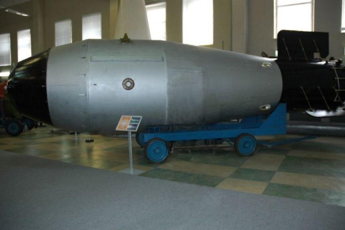 La bomba Zar (RDS-220). Se considera una de las armas nucleares más potente. Fabricada en la época de la Unión Soviética y probada el 30 de octubre de 1961. Foto:Vía Wikipedia.org. Imagen Por: