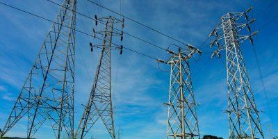 CGE trabaja en reposición del servicio eléctrico tras interrupción en tres regiones