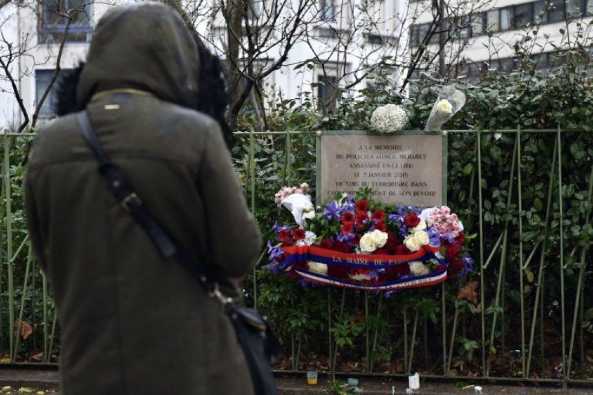 Mensajes de paz y amor se vieron en la calle. Foto:AFP. Imagen Por: