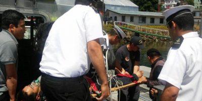 Armada rescata a tres tripulantes que navegaban a la deriva en Castro
