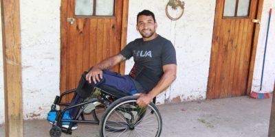 La silla de ruedas que permite a discapacitados ponerse de pie