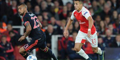 Sánchez y Vidal no fueron incluidos en equipo ideal de la UEFA del 2015