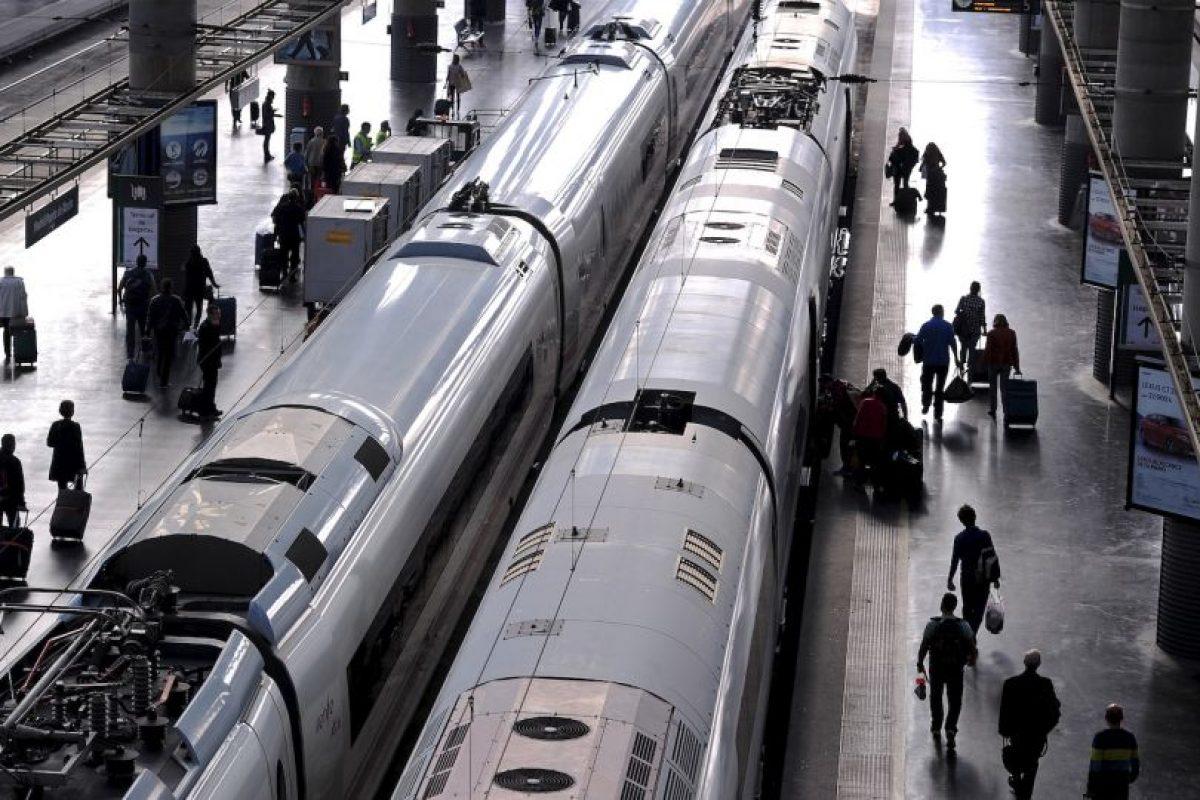 Los vagones más seguros se encuentras detrás del segundo, pero cuando se trata de descarrilamientos las personas que menos riesgo corren se ubican en el punto medio del tren. Foto:Getty Images. Imagen Por: