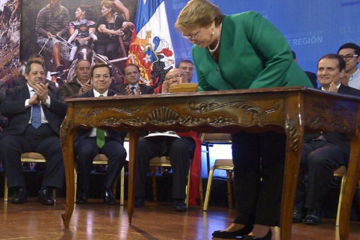 La Presidenta Michelle Bachelet firmó en agosto pasado el proyecto de ley para crear la nueva región. Foto:Presidencia de la República. Imagen Por: