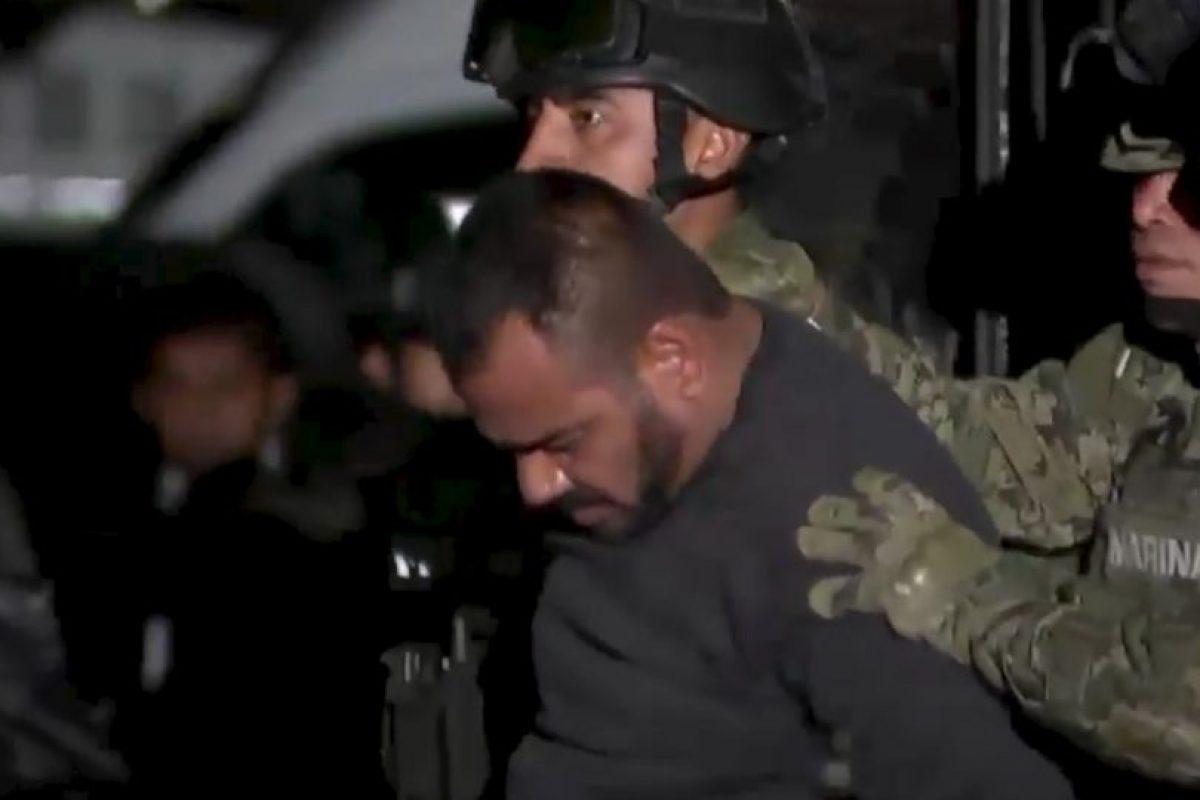 """Le capturaron junto con su jefe de sicarios, el """"Cholo Iván"""". Nombre real: Orso Iván Gástelum Cruz. Foto:vía Twitter. Imagen Por:"""