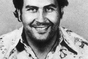 """Pablo Escobar no siempre fue considerado uno de los peores narcotraficantes de la Historia. De hecho, en 1982, en Colombia, se le llamaba """"El Robin Hood Paisa"""", por las obras benéficas que hacía en Medellín. Foto:vía Pablo Emilio Escobar Gaviria. com. Imagen Por:"""