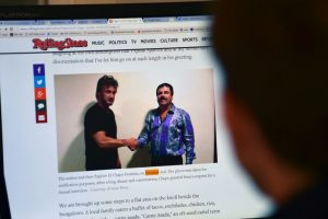 El actor y activista estadounidense consiguió lo que nadie había hecho: reunirse con el capo de la droga y entrevistarlo. Foto:AFP. Imagen Por: