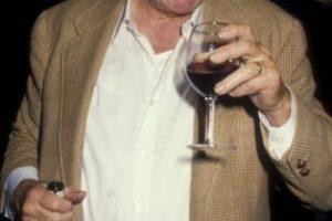En 1987 se reunió con el periodista y poeta estadounidense Charles Bokowski. Foto:Getty Images. Imagen Por: