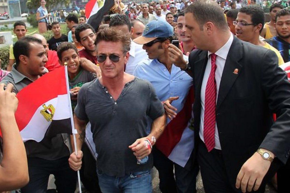 4. Cobertura en Cuba / En 2009, Penn viajó a Cuba como periodista. Foto:AFP. Imagen Por: