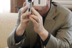 En todos lados, el actor apareció con su tradicional libreta, haciendo apuntes y de vez en cuando tomaba fotos o videos. Foto:Getty Images. Imagen Por:
