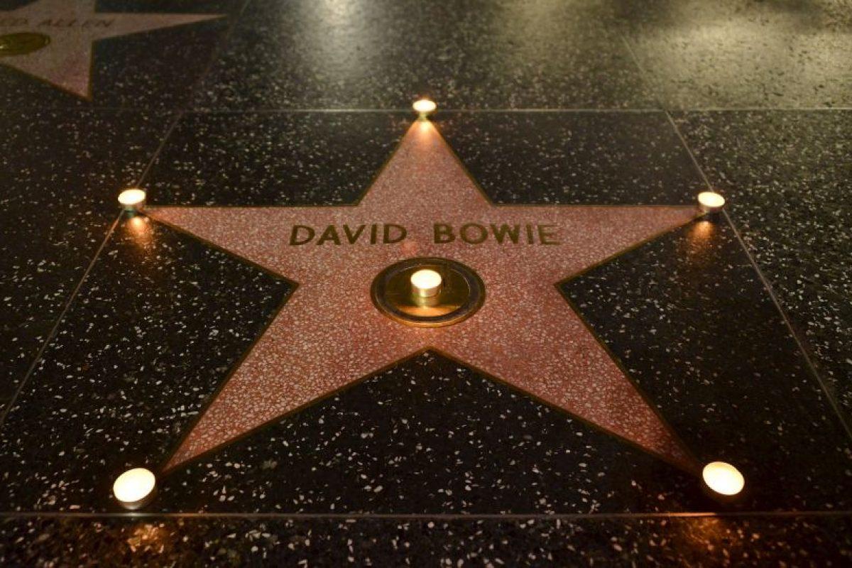 Bowie es homenajeado en el Paseo de la fama de Hollywood. Foto:AFP. Imagen Por: