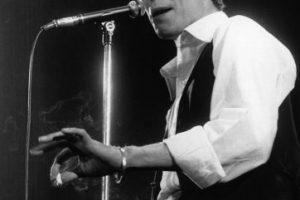 """6. """"Ashes to ashes"""" Bowie ha hecho también cine, y ha tenido una relación muy estrecha con el séptimo arte. Ha dirigido videoclips como el de esta canción en colaboración con David Mallet. Foto:Getty Images. Imagen Por:"""