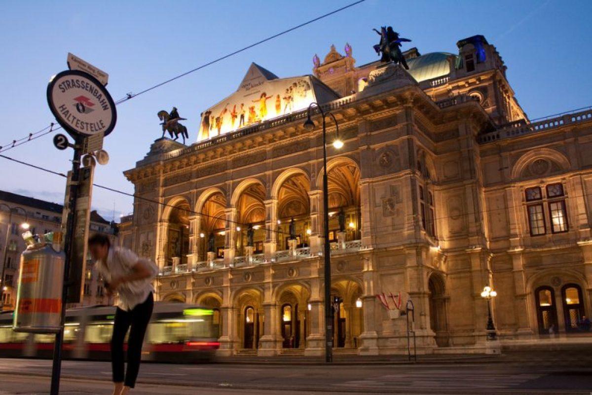 Ópera de Viena. En su interior se puede conseguir todo sobre el Teatro de la Ópera. Foto:Vía Flickr. Imagen Por: