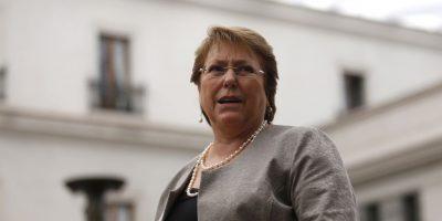 Cerc-Mori: Gobierno de Bachelet cae 12 puntos en su aprobación durante 2015