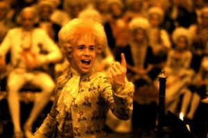 """""""Amadeus"""" es una película estadounidense categorizada como una película de culto de 1984. Arrasó la entrega de ese año al ganar 8 premios Óscar. Foto: AMLF, The Saul Zaentz Company. Imagen Por:"""