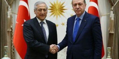 Cruzó fronteras: pugna entre la Anfp y Sampaoli llegó a gira del canciller por Turquía